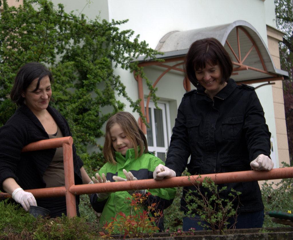 Zavod EMMA je tudi letos organiziral poletno druženje za ženske in njihove otroke